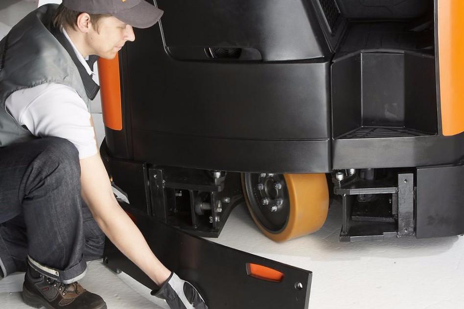 Как избежать проблем с гарантией складской техники